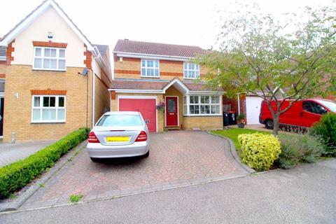 3 bedroom detached house - Arnald Way, Dunstable