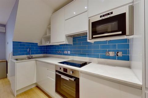 1 bedroom flat to rent - Garratt Lane, London
