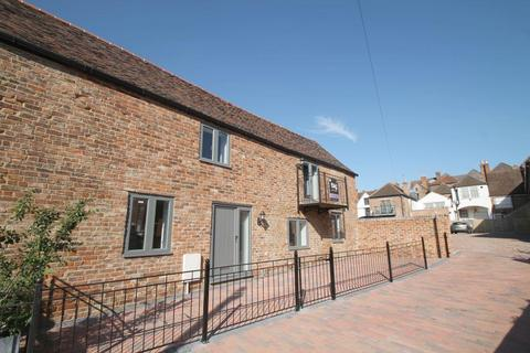 3 bedroom semi-detached house to rent - Back of Avon, Tewkesbury