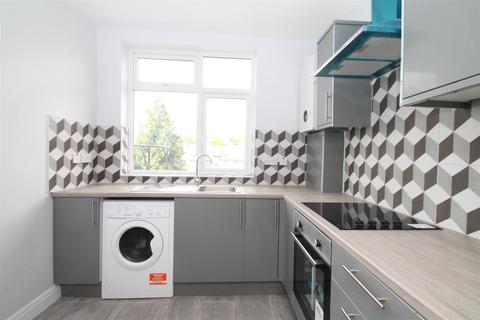 1 bedroom flat to rent - Green Lanes, London