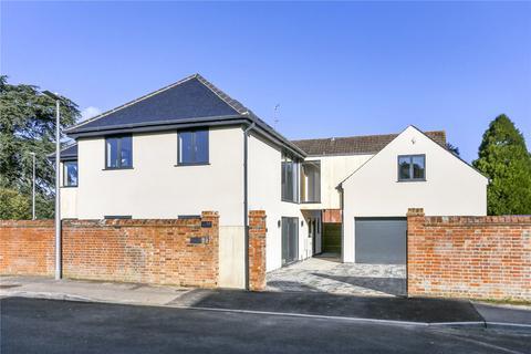 5 bedroom detached house for sale - Newtown Road, Newbury, Berkshire, RG14