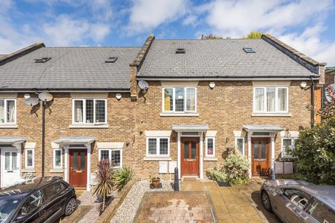 3 bedroom townhouse - Sheridan Place Bromley BR1