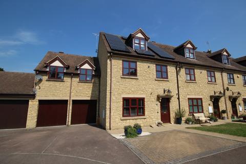 4 bedroom end of terrace house for sale - Woodmancote Vale, Woodmancote, Cheltenham, Gloucestershire, GL52