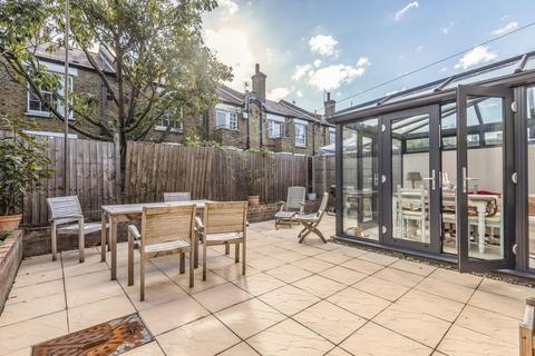 2 bedroom flat for sale - Matthews Street, Battersea