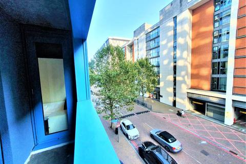 3 bedroom apartment to rent - Westgate Apartments, 14 Western Gateway, London, E16
