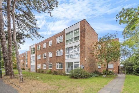 2 bedroom flat for sale - Essenden Road , Belvedere, Kent DA17