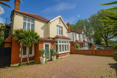 6 bedroom detached house for sale - London Road, Twickenham, TW1