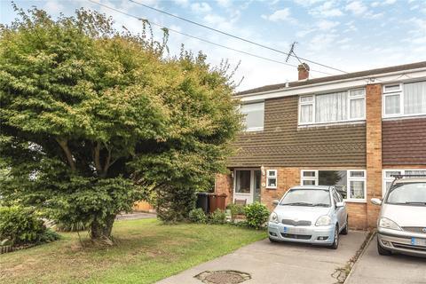 3 bedroom semi-detached house for sale - Fernhurst Crescent, Tunbridge Wells, Kent, TN4