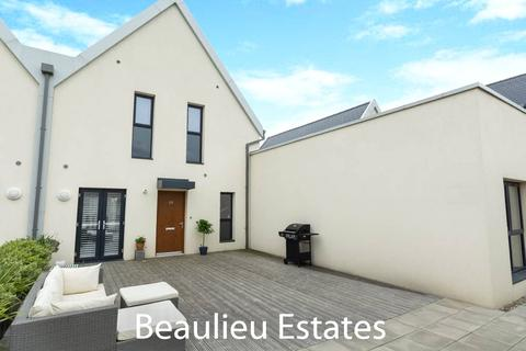 2 bedroom duplex for sale - Centenary Way, Beaulieu Square, Chelmsford, Essex, CM1