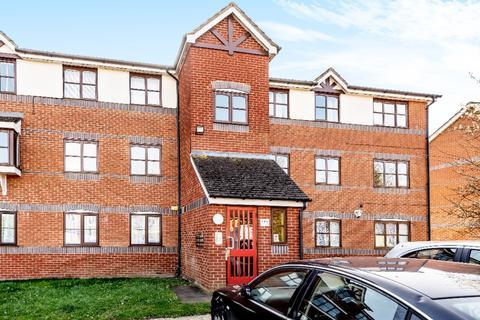 2 bedroom flat for sale - Coalmans Way, , Burnham, SL1 7NU