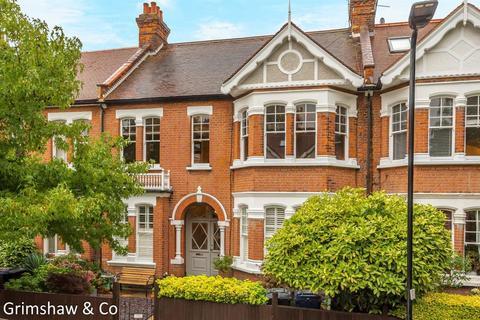 3 bedroom flat for sale - Woodgrange Avenue, Ealing, London