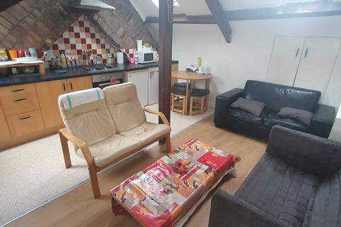 3 bedroom flat to rent - City Rd, Cardiff