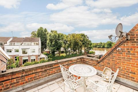 6 bedroom house for sale - Chiswick Quay, Chiswick, W4
