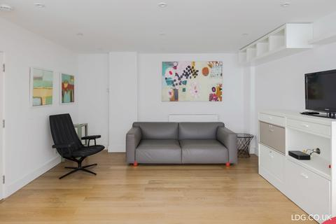 2 bedroom mews to rent - Fitzroy Mews, Fitzrovia