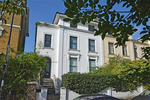 2 bedroom flat for sale - Lewisham Way, Brockley, London, SE4