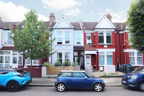 3 bedroom terraced house for sale - York Road, Bounds Green, London, N11