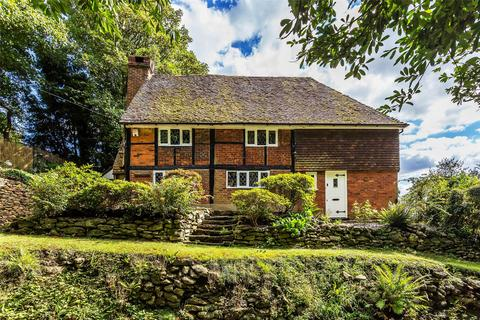 4 bedroom detached house for sale - Pains Hill, Oxted, Surrey, RH8