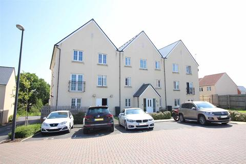 2 bedroom apartment for sale - Larch Close, Lyde Green, Bristol