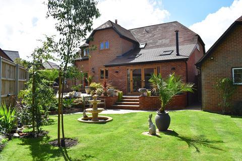 4 bedroom detached house for sale - Queens Copse Lane, Holt, Wimborne, BH21