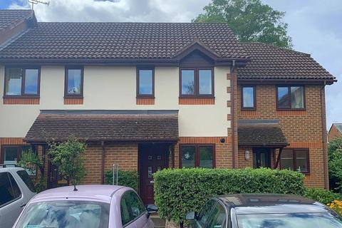 2 bedroom terraced house for sale - Coniston Court, Lightwater, GU18