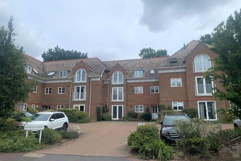 2 bedroom apartment to rent - Culverden Park Road, Tunbridge Wells, TN4