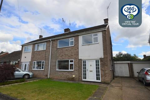 3 bedroom semi-detached house for sale - Dillotford Avenue, Styvechale, Coventry
