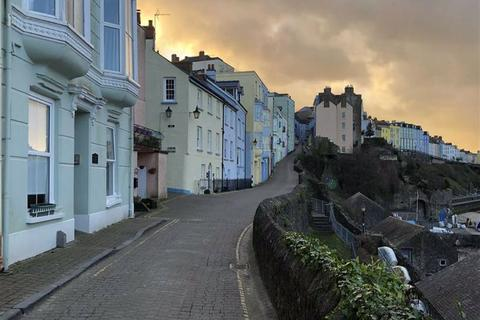 1 bedroom flat for sale - Crackwell Street, Tenby