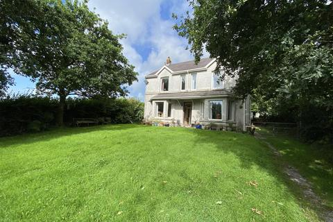 4 bedroom property with land for sale - Derwydd Road, Ammanford