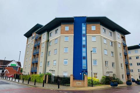 3 bedroom flat for sale - Knightsbridge Court, Gosforth, Newcastle Upon Tyne