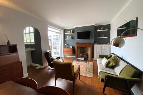 1 bedroom maisonette for sale - Penton Avenue, Staines-upon-Thames, Surrey, TW18