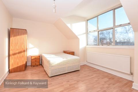 Studio to rent - Seven Sisters Road London N15