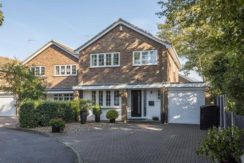 4 bedroom detached house for sale - Kingsgate Avenue, Kingsgate