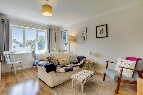 1 bedroom flat - Leigh Court, SE4