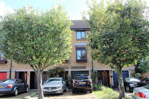 3 bedroom terraced house for sale - Beagle Close, Brookside, Feltham