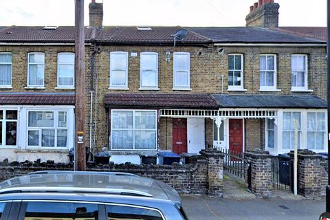 3 bedroom maisonette for sale - Marlow Road, Southall