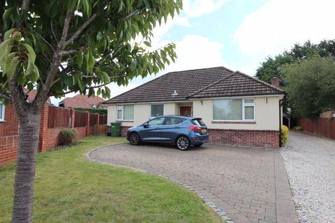 3 bedroom detached bungalow for sale - Beverley Gardens, Bursledon, SO31 8FD