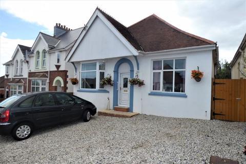 3 bedroom detached bungalow - Tarraway Road, Preston, Paignton