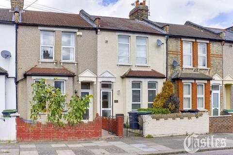 2 bedroom terraced house - Homecroft Road, London, N22