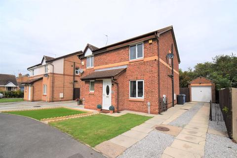 2 bedroom semi-detached house for sale - Yorkshire Close, Hull
