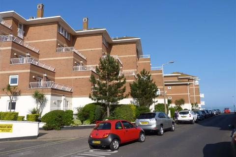 2 bedroom flat - 61 West Cliff Road, Broadstairs, Kent