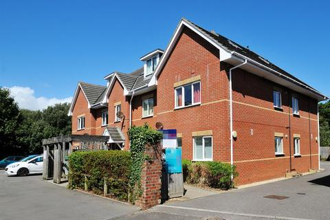 2 bedroom flat for sale - Warwick Road, Bournemouth