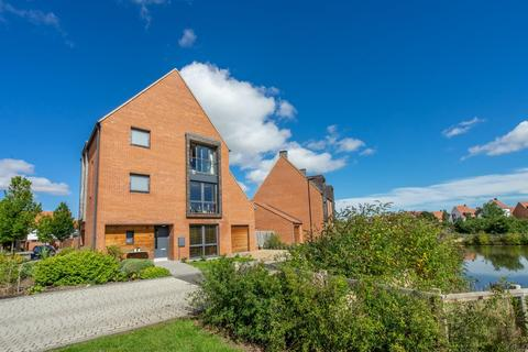 4 bedroom detached house for sale - Lotherington Mews, Derwenthorpe, York
