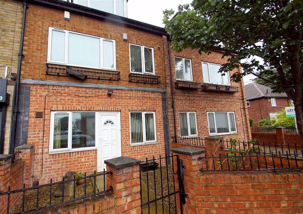 Irwin Approach, Leeds 2 bed apartment for sale - £100,000