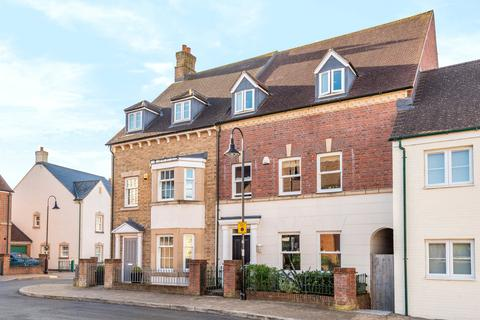 4 bedroom terraced house for sale - Barbrook Road, East Wichel, Swindon, SN1