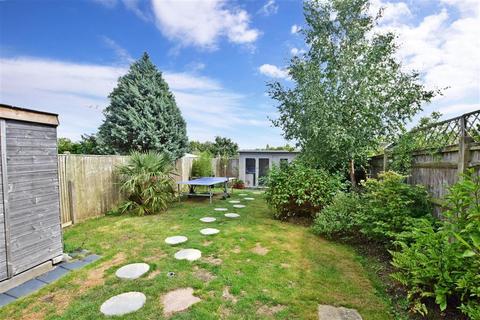 3 bedroom semi-detached house for sale - Andrew Road, Tunbridge Wells, Kent