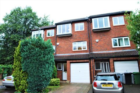 3 bedroom townhouse for sale - Sandringham Way, Wilmslow