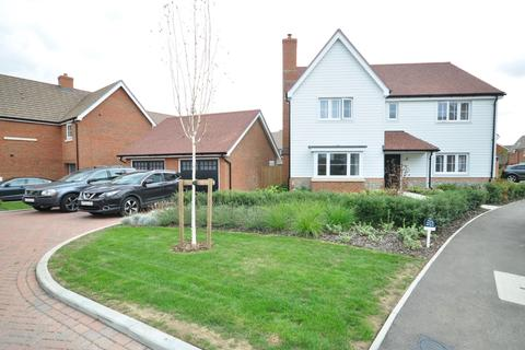 5 bedroom detached house to rent - Seymour Drive Marden TN12