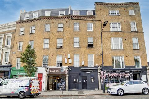 2 bedroom flat for sale - Voltaire Road, London