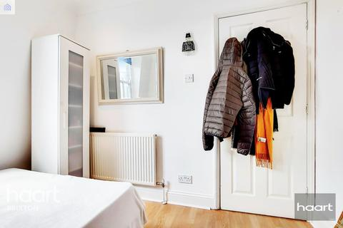 1 bedroom flat for sale - Voltaire Road, London, SW4