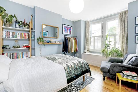 2 bedroom apartment for sale - Hichisson Road, Nunhead, London, SE15